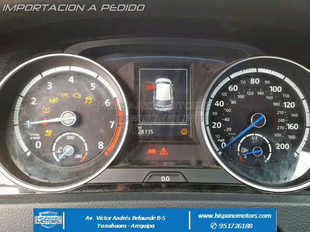 2016 VOLKSWAGEN GOLF R AWD   - Foto del auto importado