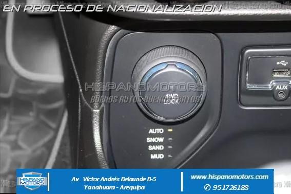 2015 JEEP RENEGADE 1.4 TURBO MultiAir 4X4  - Foto del auto importado