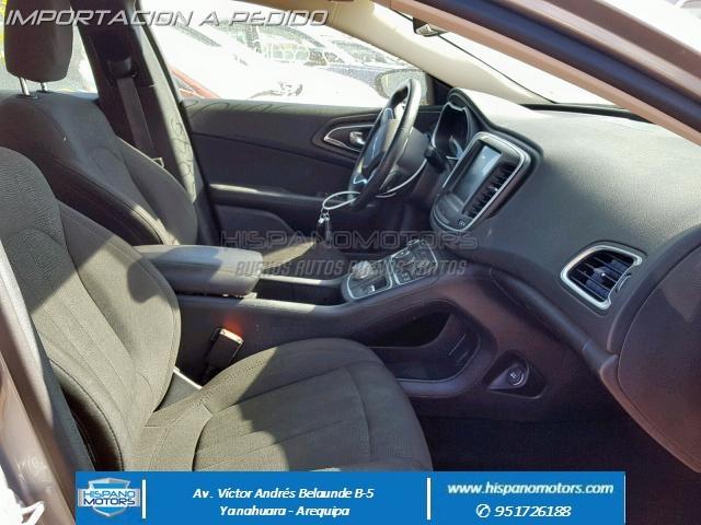 2016  CHRYSLER 200 LIMITED   - Foto del auto importado