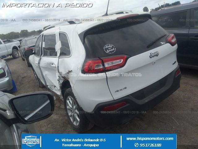 2017 JEEP CHEROKEE LATITUDE 4X4  - Foto del auto importado