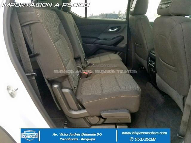 2018 CHEVROLET TRAVERSE LS (7 pasajeros)  - Foto del auto importado